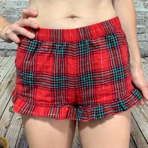 ‼️CHRISTMAS PLAID Ruffle Pajama Shorts XS‼️